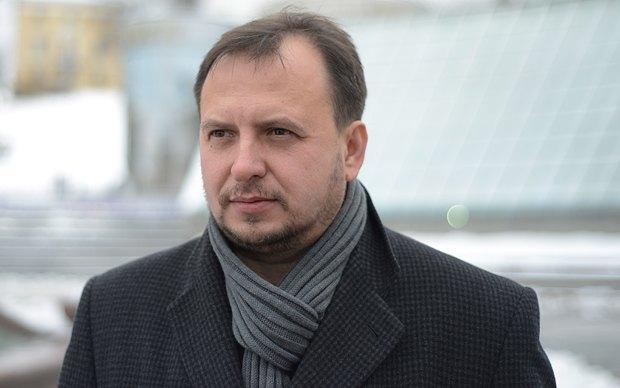 Уколов під час виборчої кампанії-2012 називав себе «міністром без портфелю» - працівником Центрального штабу, який ні на що не може вплинути