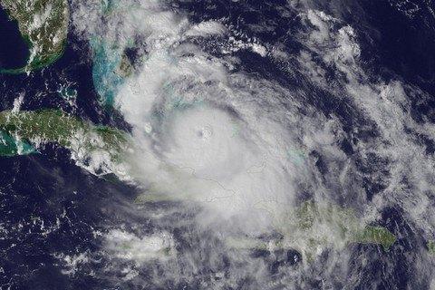 Б.Обама оголосив надзвичайний стан уФлориді через ураган «Метью»