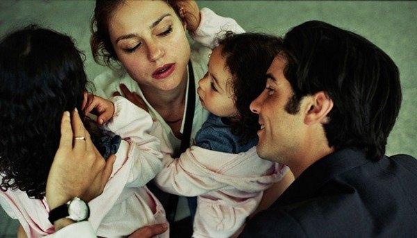 """Кадр из фильма """"Наши дети"""""""