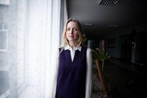 У Росії спробували заарештувати українську режисерку Марину Вроду за плакат із Сенцовим
