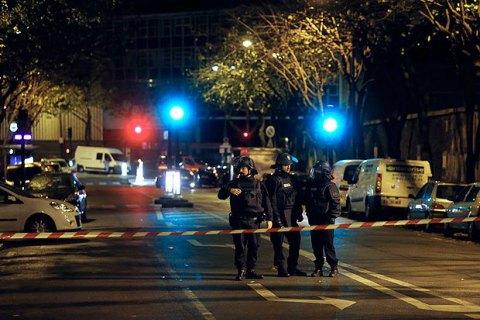На севере Франции ликвидировали захватившего заложников грабителя