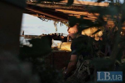 Боевики наДонбассе палят иззапрещенных минометов иБМП— штаб АТО