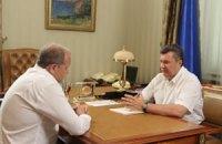 Янукович приказал Могилеву следить за уборкой урожая