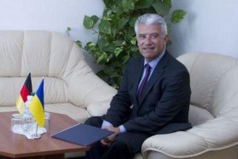 Посол Германии допустил выборы вДонбассе доконтроля государством Украина границы сРоссией