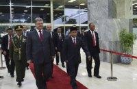 Порошенко призвал индонезийских парламентариев встать на защиту крымских татар