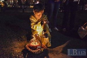 Порошенко посетил храмы УПЦ КП, УГКЦ и УПЦ МП в пасхальную ночь