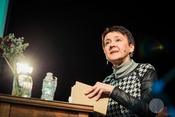 """Оксана Забужко: """"Письменник завжди самотній, за визначенням, бо його завдання – витворити свій власний світ"""""""