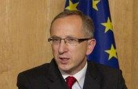 Тимошенко завтра навестят послы ЕС и США