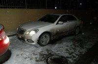 В Киеве мужчина прострелил ногу угонщику своего автомобиля