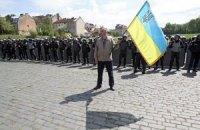 Во Львове призывают повесить на День победы флаги с траурными лентами
