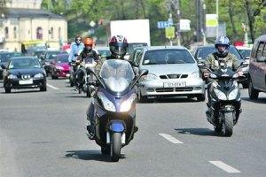В Киевской области участковых милиционеров пересадили на скутеры