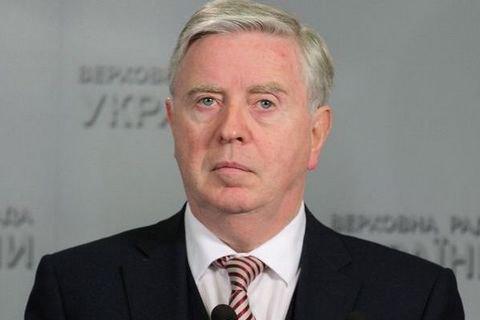 Европарламент направит миссию во главе с Коксом для реформ в Раде