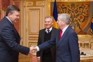 Кокс и Квасьнеский встретились с Януковичем