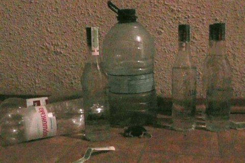 Кількість постраждалих від сурогатного алкоголю зросла до 85 осіб
