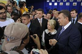 Янукович встретится с журналистами после выборов