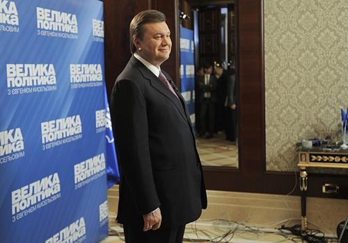 Победа Виктора Януковича на президентских выборах стала полной неожиданностью для Западной Украины