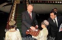 Лукашенко купив розкішний літак покійного туркменбаші