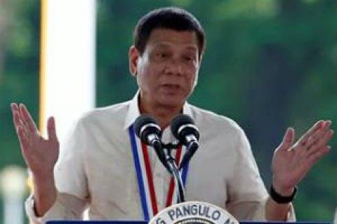 Оскорблявший Обаму президент Филиппин назвал В.Путина своим идолом