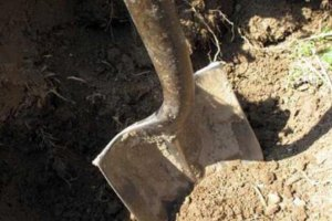 СНБО: в Славянске нашли могильники c телами сотен боевиков