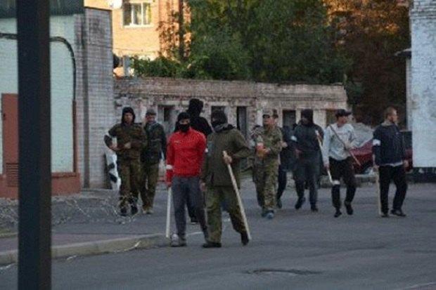 Поытка рейдерского захвата: вЧеркассах около 50 неизвестных, вооруженных битами, штурмовали облэнерго