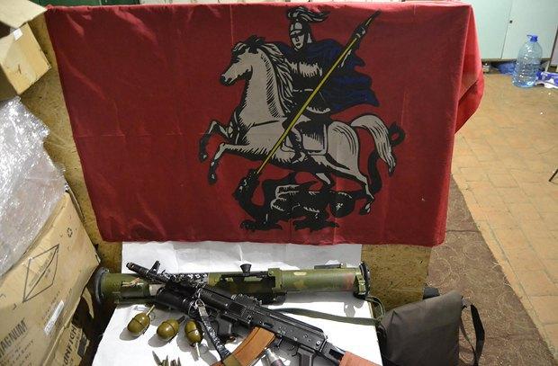 Захваченное у боевиков оружие