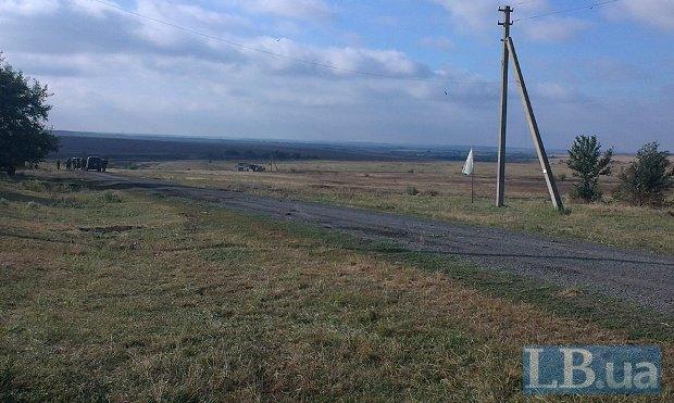 Белый флаг и джипы на переговорах под Иловайском
