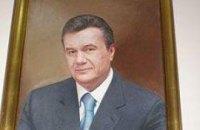 У Януковича обещают, что портреты президента в школах висеть не будут