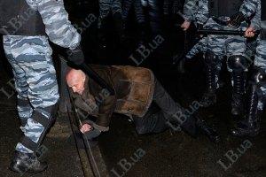 МВД: посол США выразил уважение милиционерам