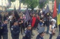 """""""Правый сектор"""" пытался сорвать социальный марш во Львове"""