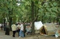 Луганские чернобыльцы снова разбили палатки