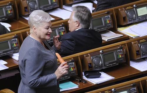 Самойлик с морковкой в руках в парламенте в ближайшие пять лет никто не увидит