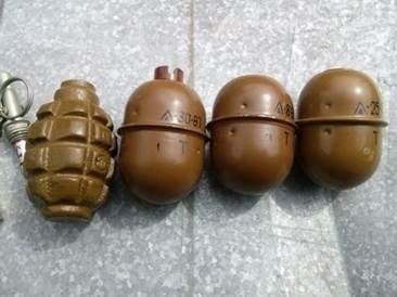 В Луганской области нашли тайник с оружием замерзшего насмерть боевика