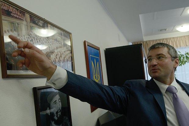 Фракція Батьківщини у Раді 6-го скликання: Міщенко пальцем вказує на перевірених бійців, принагідно згадуючи про зрадників