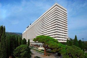 Крымские гостиницы перестают принимать банковские карты