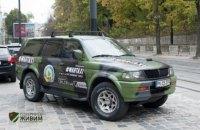На улицах Львова появилось военное такси с волонтерами за рулем