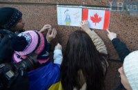 Киевляне поблагодарили Канаду за помощь военным