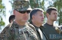 Турчинов: военный должен получать не менее 7 тыс. гривен