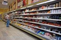 Россияне стали тратить на еду больше половины доходов