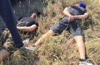 Никопольские полицейские задержали 9 человек с арсеналом оружия, масками и бронежилетами