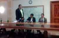 """Саакашвили устроил перепалку с главой Госавиаслужбы из-за """"открытого неба"""""""