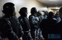Округ 215. Трансляция ПРИОСТАНОВЛЕНА. Журналист пишет заявление в милицию