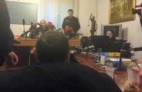 Суд возобновил заседание с участием Корбана