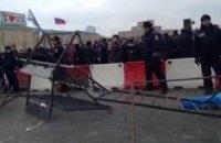 В Харькове митингующие со стрельбой штурмовали ОГА