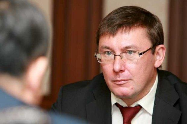 В Партии регионов допускают: при условии хорошего поведения Луценко может выйти на свободу через год