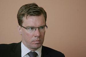 Нико Ланге: Bсе говорят только о Януковиче и Тимошенко. Это основная проблема Украины