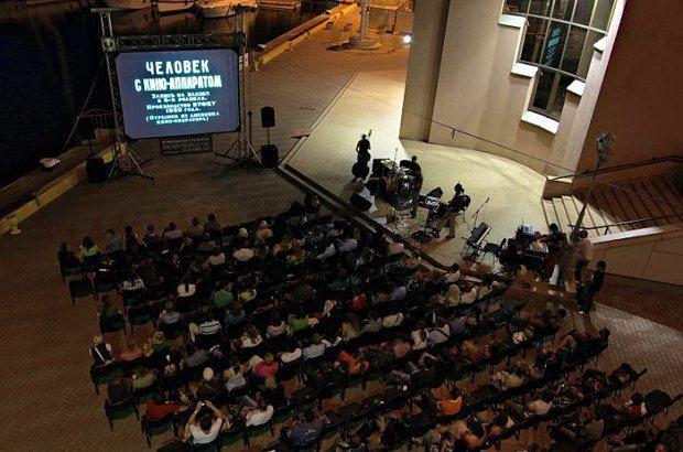 """На першому фестивалі """"Німі ночі"""" деяку музику до фільмів виконували з вокалом. Це був невдалий досвiд"""