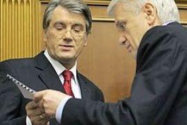 Ющенко просит Литвина уволить Луценко