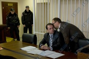 Адвокати Луценка хочуть судового слідства в повному обсязі