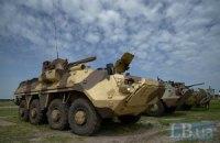 Турчинов на востоке провел смотр новой военной техники