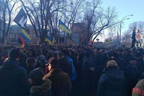 Протестующие прорвали кордоны полиции на Майдане: начались новые стычки (видео)